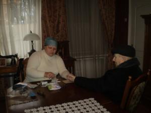 Кров для аналізу здає Чайковський Ісак Абрамович (92 роки).